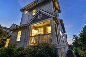 1863 Northshore Dr Richmond, CA 94804 Represented Seller - $735,000
