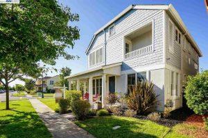 301 Ansel Ave Alameda, CA 94501 Represented Buyer: $1,135,000